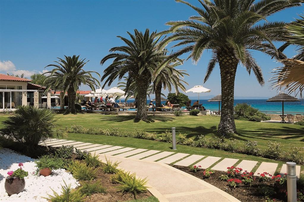 Řecko, Chalkidiki, Afitos, Hotel Afitis, zahrada